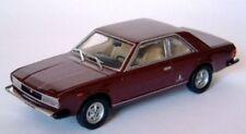 UN FIAT 130 COUPE 1971 ROSSO AMARANTO MET.1:43 STARLINE