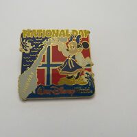 Disney WDW Norway's National Day 2004 Minnie Mouse Pin