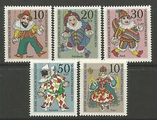 BERLIN. 1970. Relief Fund & Christmas Stamp Set. SG: B374/78. Mint Never Hinged.