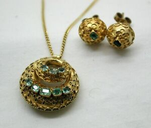 Beautiful Victorian 15 Carat Gold And Emerald Pendant And Earrings Circa 1870