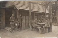 Foto AK Feldpost Gruppenbild Soldaten - 1910er