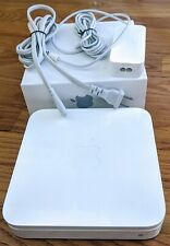 Apple Airport Extreme 5th Gen Router (MD031LLA) with box and accessories