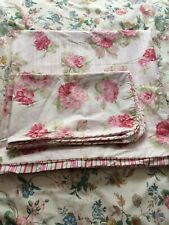Gorgeous Dunhelm Double Quilt Set. Shabby Chic. Roses. New