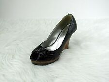 Qupid Women's Wedge Shoes Sandals Black Patent Leather Open Toe Slip On Size 6
