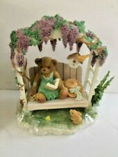 MINT Cherished Teddies Genevieve 2002 Membears Only  Wisteria & Garden Bench MIB