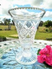 VINTAGE CRYSTAL VASE LARGE 20.5CM DIAMOND CUT LEAD CRYSTAL PEDESTAL BASE HEAVY