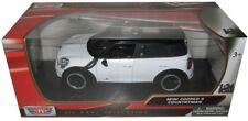 Motormax Mini Cooper S Countryman With Sunroof 1/24 Scale Diecast Model Car