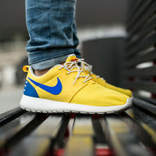NIKE ROSHE ONE RETRO Running Trainers Shoes Casual - UK Size 9 (EUR 44) - Yellow
