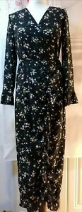 BOOHOO Petite Tilly Ditsy Floral Maxi Wrap Dress Black (size UK 6)