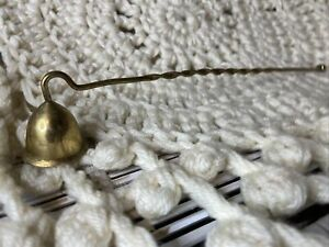 VINTAGE TWISTED BRASS CANDLE SNUFFER
