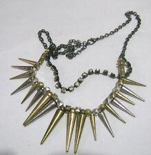 Gran Cadena de Metal Tono Oscuro Plástico picos de oro y plata Collar Piedras Blancas