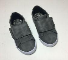 Toddler Boys grey Shoe Size 5