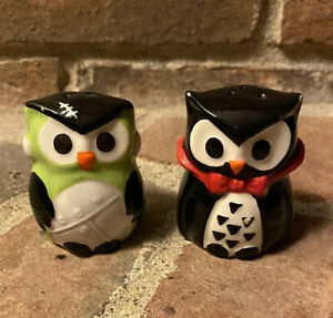 Small GREEN AND BLACK SMALL OWL SALT AND PEPPER SHAKERS Frankenstein Dracula