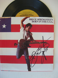 "BRUCE SPRINGSTEEN - Rare AUTOGRAPHED ""BORN IN THE USA"" 45 RECORD - HAND SIGNED"