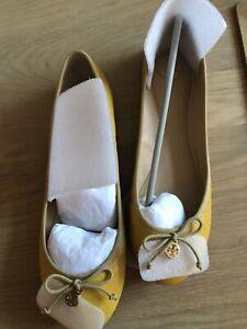 Tory Burch Ballet Flats Yellow Size 42