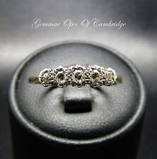 Vintage 18ct Gold and Platinum Graduated 5 Stone Ring Size O 1/2 2.18g