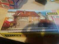 "Faller B-126 HO ""Darmstadt"" Signal Tower Building Kit"