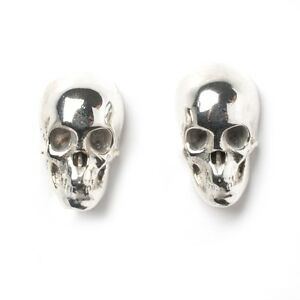 Pair  Of  Sterling  Silver  925  Skull  Ear  Studs  !!      Brand  New  !!