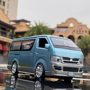 1:32 For Toyota Hiace Van Model Car Diecast Toy Vehicle Kids Gifts Sound & Light