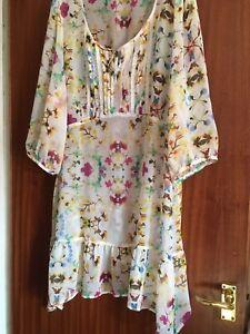 "Chiffon Cream Floral Summer Dress - Size Chest 26 (52"")"
