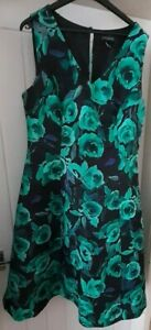 LADIES PLUS SIZE FIT N FLARE DRESS WOMENS SIZE 18 - LONG TALL SALLY