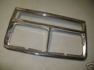 OLDSMOBILE TORONADO PASS. HEADLIGHT LIGHT BEZEL 197*
