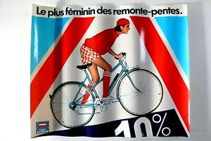 AFFICHE CYCLES MOTOBECANE MBK 1981 vélo femme Le plus féminin des remonte-pentes