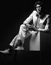 Yves Saint Laurent UNSIGNED photo - L7547 - French fashion designer - NEW IMAGE