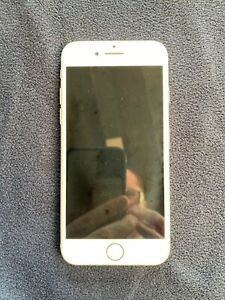 iPhone 7 A1778 128GB: defective/cracked Home Screen button, otherwise immaculate