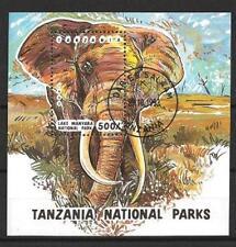 Animaux Eléphants Tanzanie (72) bloc oblitéré
