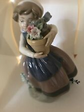Lladro Figurine 5223 - Girl With flowers