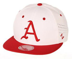 ARKANSAS RAZORBACKS HOGS NCAA Z11 ADJUSTABLE 2-TONE SNAPBACK ZEPHYR CAP HAT NEW!