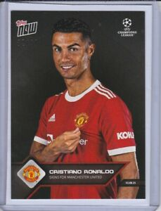 Topps Now Cristiano Ronaldo  Signs Manchester United Parallel Trading Card 82/99