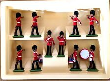 BRITAINS' VTG, SCOTS GUARDS DRUMS & BUGLES CORPS,1:32 SCALE, HAND-PAINTED.#7206