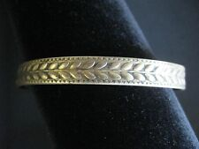 DARK GOLD TONE CONTINUOUS LEAF DESIGN OVAL BANGLE BRACELET