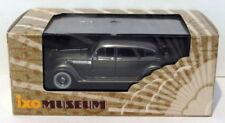 Voitures, camions et fourgons miniatures vert pour Chrysler