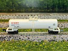 N Scale - Emery Chemicals Single Dome Tank Car UTLX 86901 N2361
