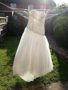 Womens  Wedding Dress Romantica Size 12