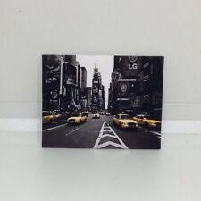 Handmade Miniature Maison de Poupées Accessoire Toile Style Wall Art Photo NY Taxi
