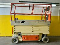 2011 JLG 2630ES Electric Scissor Lift
