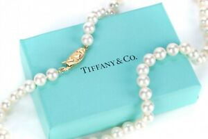 TIFFANY & Co. Cultured Pearl Necklace