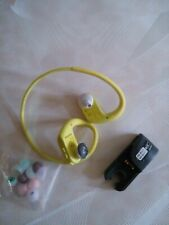 SONY NW-WS623.CEW Waterproof All-in-One MP3 Player -4 GB, Yellow(broken earpiece