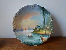 Ancienne assiette porcelaine décorative. Limoges France. Signée DEL.
