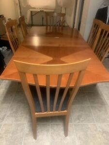 Table With 6 Chairs Made In Italy
