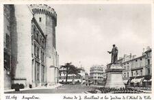 ANGOULEME - Statue de J.Bouillaud et les Jardins de l'Hôtel de ville