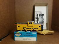 Athearn Chessie System Caboose kit   HO Scale