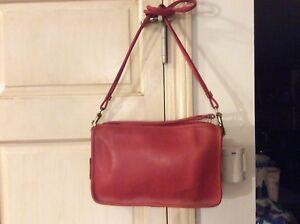 Vintage Genuine COACH Cashin Era Red Leather Shoulder Purse Handbag Bag