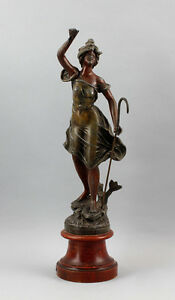 8338023 L´Industrie Metallguss Frauen-Skulptur Guillemin