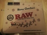 Raw Deluxe Christmas Edition Rolling Tray Gift Set. Classic smoking kit + extras