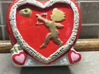 "VINTAGE VALENTINE HEART & CUPID FLOWER VASE, CENTERPIECE 4 1/2"" Tall"